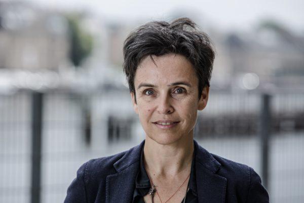 """""""Wie können wir digitale Technologien für das Gemeinwohl einsetzen?"""" DWOMAN Joana Breidenbach im Porträt"""
