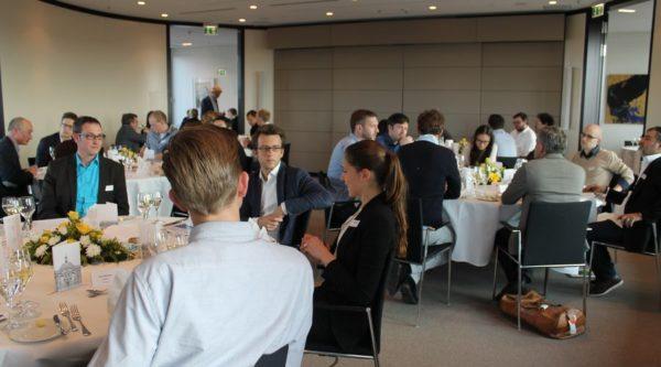 13. Investors' Dinner