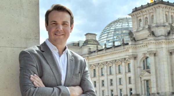 "Vernetzung als Mehrwert: ""3 Fragen an…"" Vorsitzenden Bundesverband Deutsche Startups e.V. Florian Nöll"