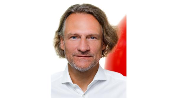 """Wenn Du keinen Mut mitbringst, dann lass es sein: """"3 Fragen an.."""" Dirk Krischenowski, Gründer und Geschäftsführer dotBERLIN"""