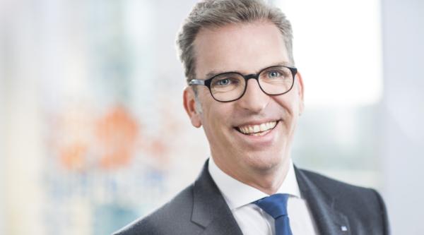 Miteinander auf allen Ebenen: Interview mit Carsten Jung, Vorstandsvorsitzender der Berliner Volksbank