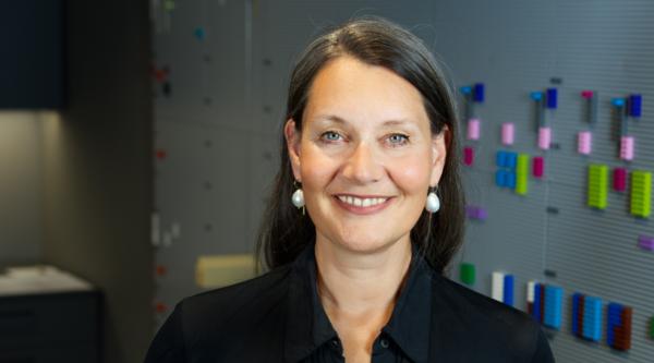 """Raum für Spiel: """"4 Fragen an…"""" Prof. Susanne Brandhorst, Conceptional Designerin und Co-Gründerin DE:HIVE Game Hub an der HTW Berlin"""