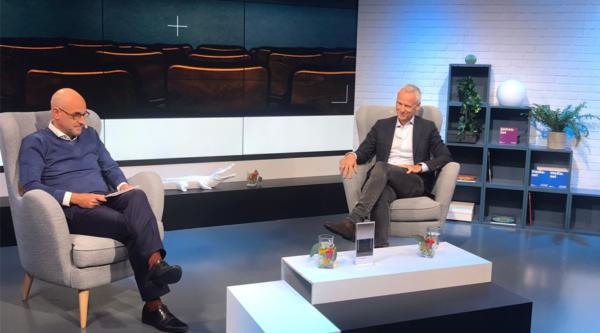 """46. Mediengipfel: """"Entwickeln Sie die Zukunft des Entertainments, Herr Kogel?"""" – Der Talk"""
