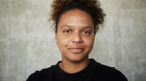 Spotlight: DORA OSINDE über Diversität in der Kreativbranche