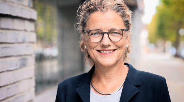 """Die Digitalisierung vorantreiben: """"3 Fragen an…"""" Andrea Peters, Geschäftsführerin Theaterkunst GmbH"""