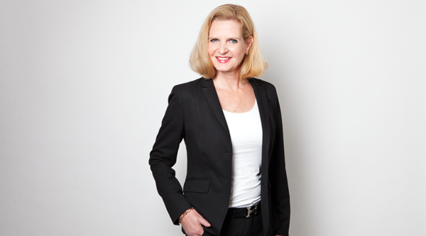 "Die Veränderungen gewinnen an Dynamik: ""3 Fragen an…"" Adina Gebara,Vice President Business Development KMU bei der Telekom"
